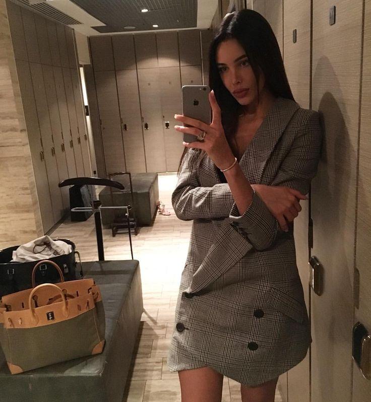 45.4 тыс. отметок «Нравится», 1,049 комментариев — Reshetova Anastasia (@volkonskaya.reshetova) в Instagram: «I just wanna u to know, i m a motherfuckin monster Бэки, бэки @klepnev»