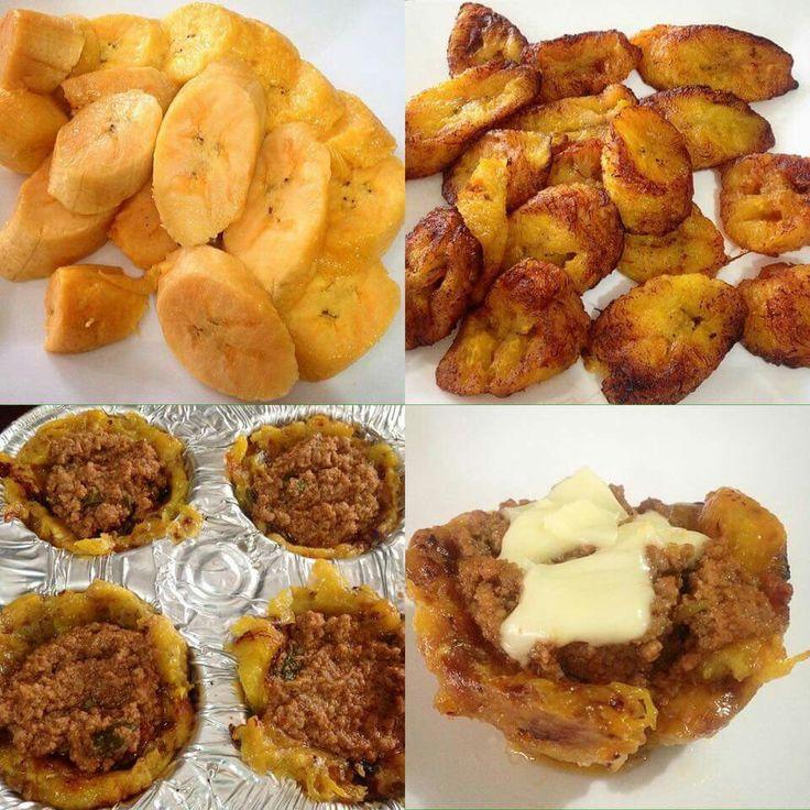 Canastitas de platanos maduros, carne y queso rayado