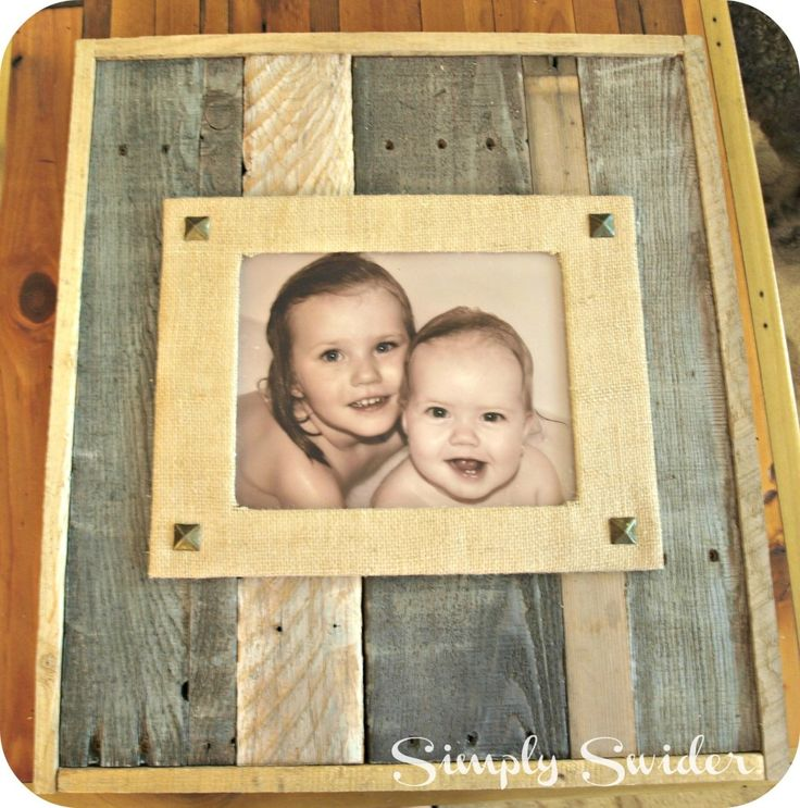 Pallet and Burlap picture frame