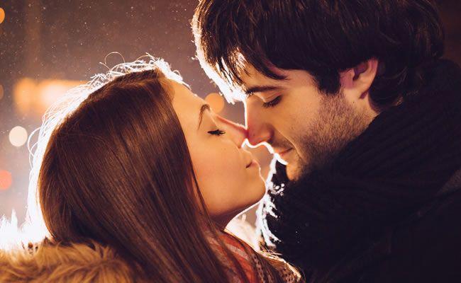 """Querido Universo, """"Quero um amor assim… Em primeiro lugar, tem que ser exatamente assim: amor! Não quero apenas desejo ou paixão. Quero tudo junto e mistur"""