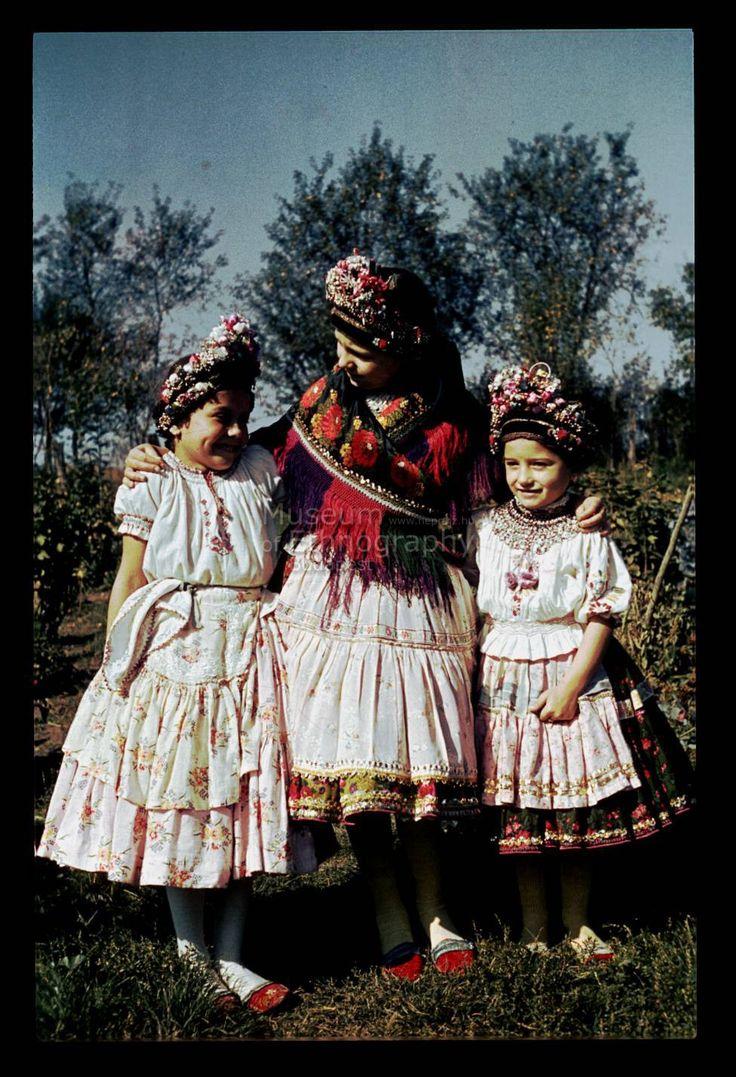 From Váralja, NHA Néprajzi Múzeum | Online Gyűjtemények - Etnológiai Archívum, Diapozitív-gyűjtemény