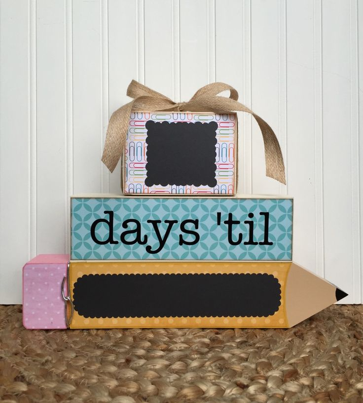 Pencil Teacher gift, Countdown blocks, Classroom event countdown by PigtailsandPaisleys on Etsy https://www.etsy.com/listing/194536188/pencil-teacher-gift-countdown-blocks