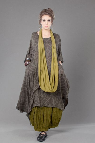 Fab Skirt in Olive Bellini Carnaby