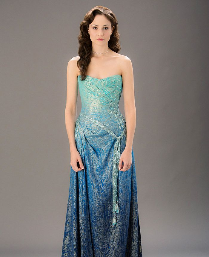 Costumes - Kalique Abrasax (Tuppence Middleton) - Jupiter Ascending – Official Look Book