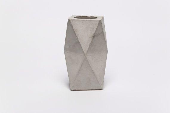frauklarer Original Geometric Concrete Vase by frauklarer on Etsy