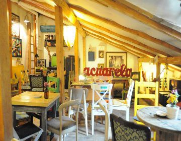 Acuarela Acuarela is an artsy bistro, bar and terrace hosted by Imbold art gallery. Eclectic furniture, artistic events, happy gatherings in the centre of Bucharest.   Opening Hours:  Mon - Fri 15:00 - 00:00  Sat - Sun 12:00 - 00:00  Photo credits: Acuarela  Address: 40 Polona St., Bucharest