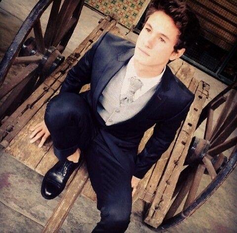 Michael Ronda [instagram]