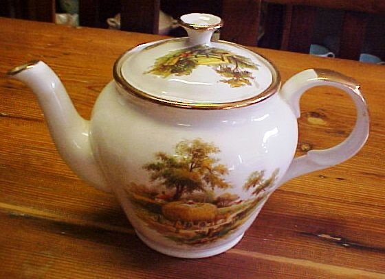 ALFRED MEAKIN - THE HAYRIDE TEA POT - MADE IN ENGLAND