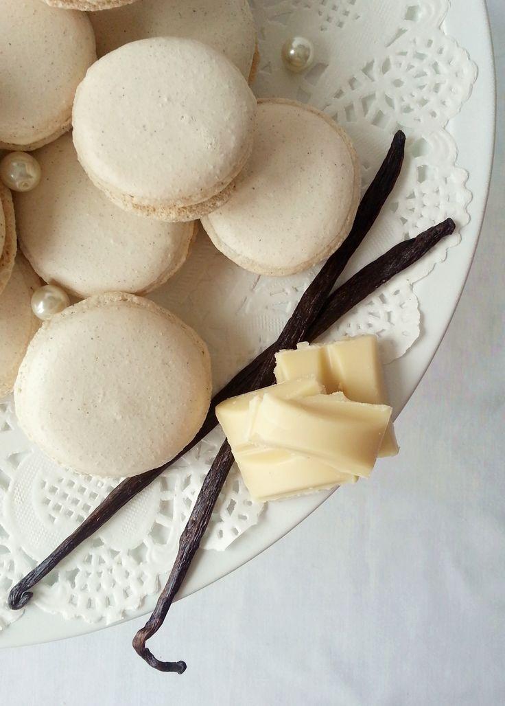 vanilla- and white chocolate macarons
