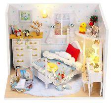 Hágalo usted mismo casa de muñecas de madera Muñeca Casa Dulce Sueño Con Kit De Muebles Luz Regalo de la música