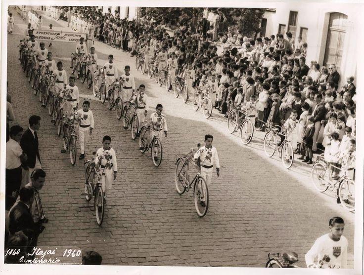 DESFILE DOS ALUNOS DO COLÉGIO SALESIANO NO CENTENÁRIO DE ITAJAÍ - 1960 - CLUBE DOS ENTAS ITAJAI