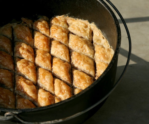 Top 25 Ideas About Cast Iron Camp Dutch Oven On Pinterest: 17+ Best Images About Dutch Oven Recipes For Husband On