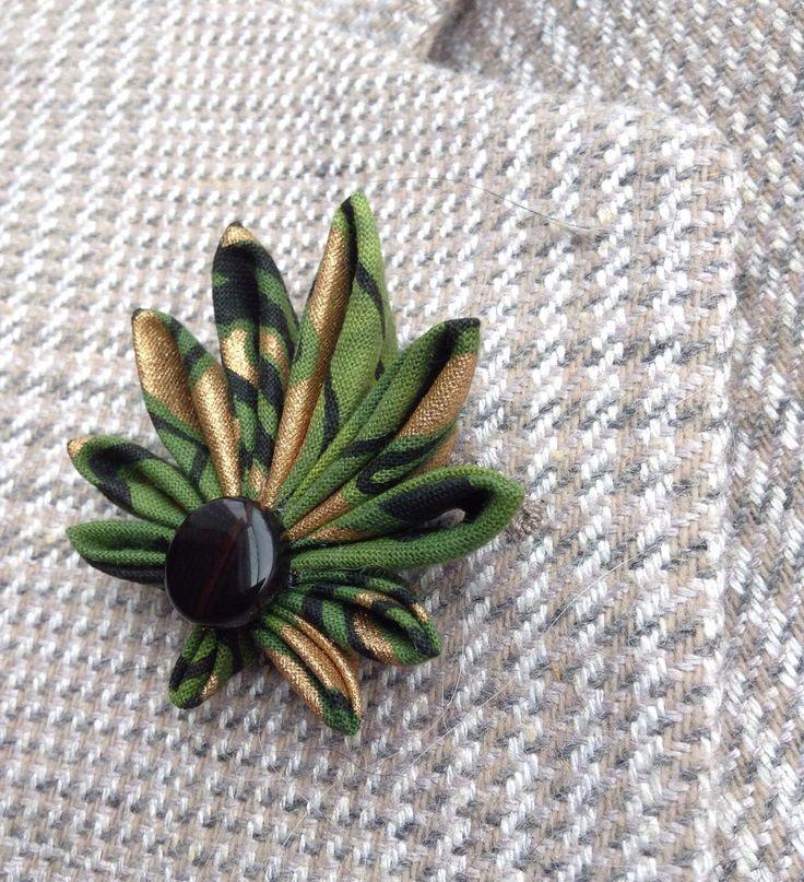 Mens Lapel Pin Cannabis Leaf Marijuana Pot Ganja Weed Custom Lapel Pins Men Green Boutonniere Gift For Him Kanzashi Brooch Cannabis Art Suit by exquisitelapel on Etsy https://www.etsy.com/listing/471357181/mens-lapel-pin-cannabis-leaf-marijuana