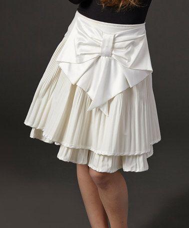 look at this zulilyfind ivory pleated bow skirt toddler girls by kiki - Hausgemachte Etagenbetten Fr Mdchen