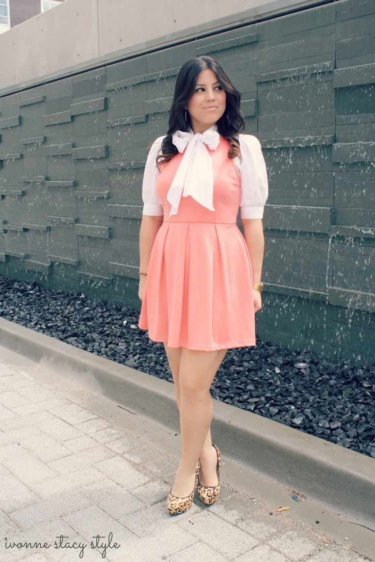 Ivonne Stacy Style: Peachy Pleats Dress