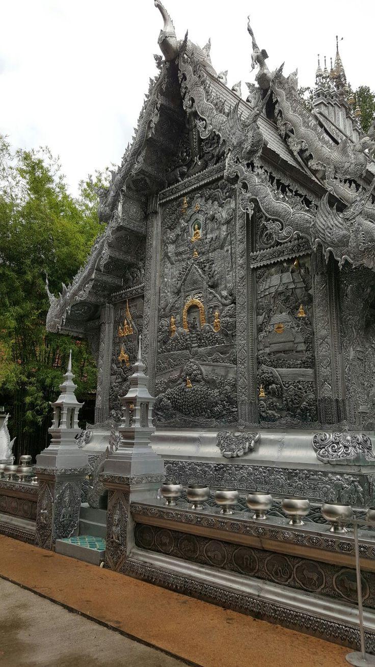 Wat Sisuphan  - back of the Silver Wat