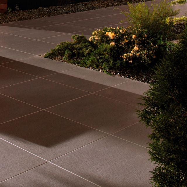 Pavimento antideslizante de urbatek para exteriores for Pavimento antideslizante