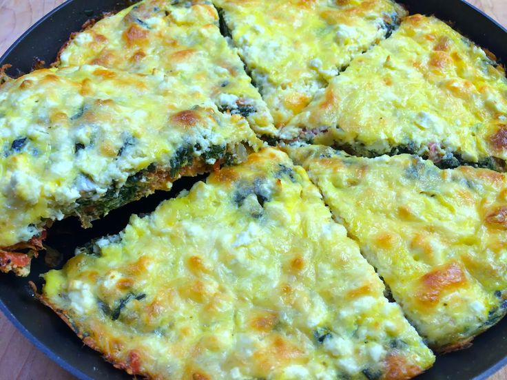 Spinach, Tomato, and Feta Frittata- a great low carb meal and south beach phase 1 friendly
