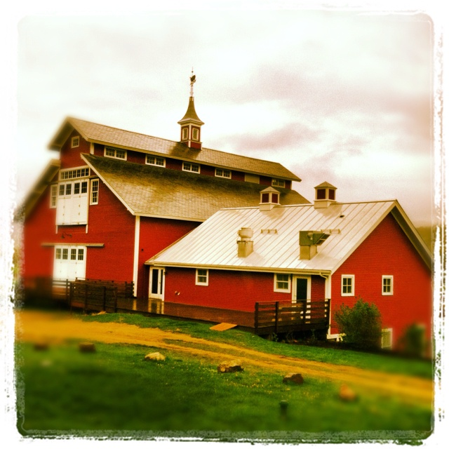 18 best images about barn style houses on pinterest for Monitor barn plans with living quarters