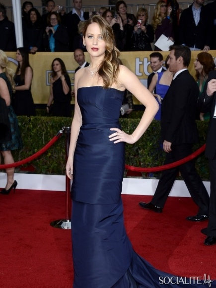 Jennifer Lawrence At The 2013 Annual Screen Actors Guild Awards