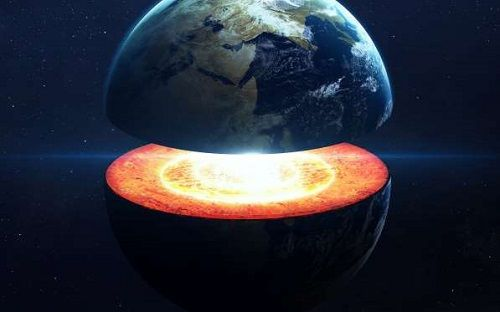 Check out these facts about the earth that will blow your mind   LIGHTNING STRIKES MORE THAN TWICE…A DAY While everyone says that lightning doesn't stri