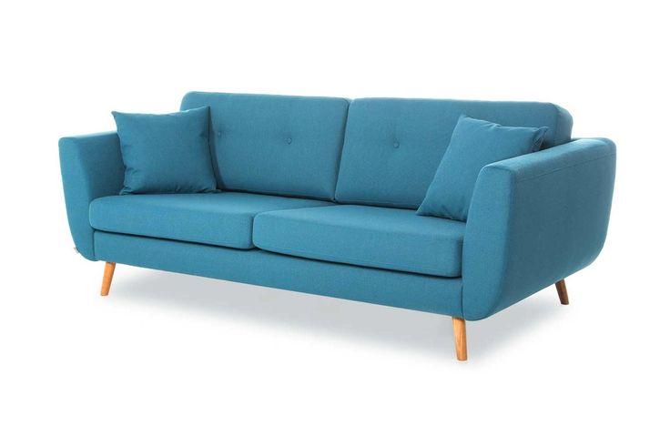 3-sits soffa i retrostil. Finns även som 2-sits och fåtölj. Går att få i flera hundra olika tyger/färger samt i skinn. Sittdynor i kallskum. Priset avser Pg3 tyg.