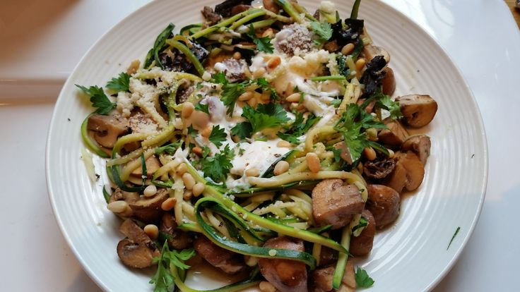 Courgetti with Rich Truffled Mushroom Ragout, 132-171 cals depending on how much cheese and truffle oil you use!
