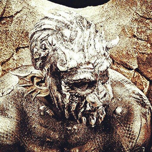 #SFX #bodypaint #grotesque #gargoyle #creature #prosthetics #horns #scary #dark #menacing #bodypaint #sfx #specialeffects and #bodypaint #specialeffects #hair by #charmainewarpaintorchard, #GOREgeousPortraits. #charmainewarpaint #shootthetownred