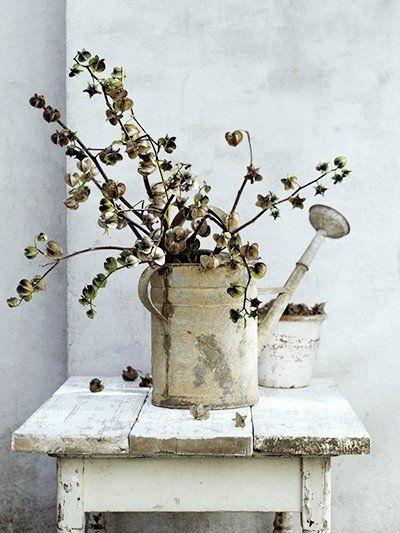 25 beste idee n over brocante tafels op pinterest brocante eettafels verstoorde stoel en - Modern meubilair en oude ...