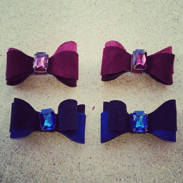 Bordeaux or Navy Blue? -   @kali_shoes- #webstagram  #pink #love #blue #bows #shoes #quotes