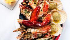 Crevettes, bulots, langoustines, homards, coques, saint-jacques, huîtres, couteaux... On sait les déguster, mais pas forcément les cuire. Voici toutes les astuces -temps de cuisson compris- pour préparer les fruits de mer. Un must pour Noël!