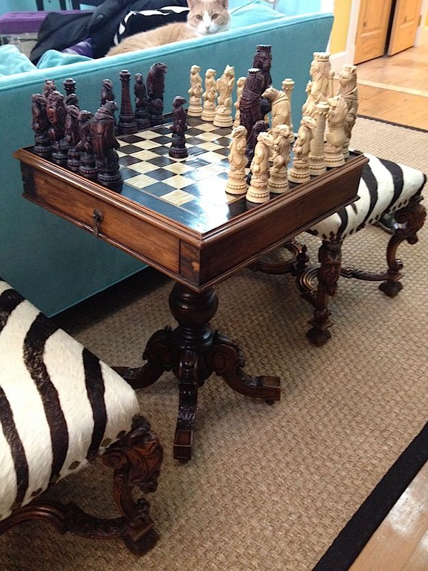 I like the idea of drawers to store the chess pieces.
