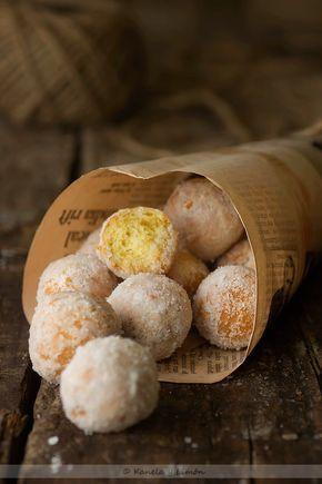 castagnole dulces de carnaval de Italia. De allí son originarios estos castagnole que vienen siendo una masa parecida a la de nuestras rosquillas pero con forma de pequeñas bolas que se comen en uno o dos bocados
