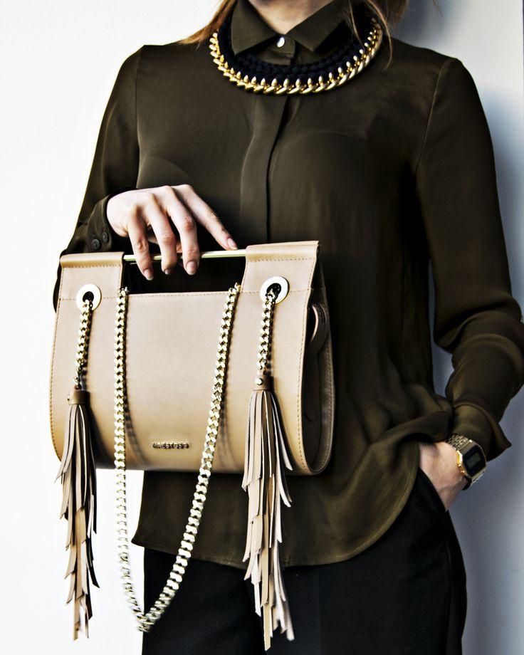Maestoso Cappuccino leather bag.