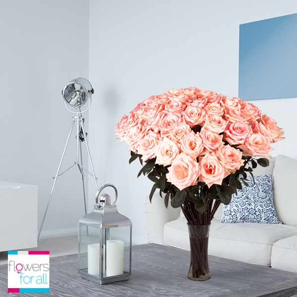 Combine cool and warm colors to give your ambience the perfect mood. Find the perfect constrast color at Flowersforall.com!