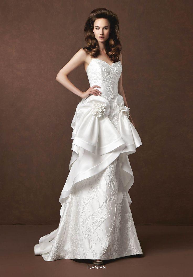 Collezione Signature 2015 - Elisabetta Polignano: Vestito in pizzo e mikado con volants   #wedding #weddingdress #weddinggown #abitodasposa