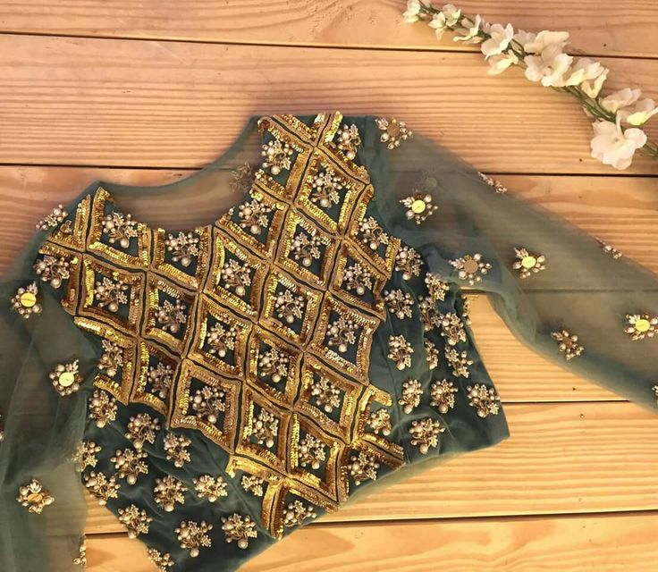 full hands blouse