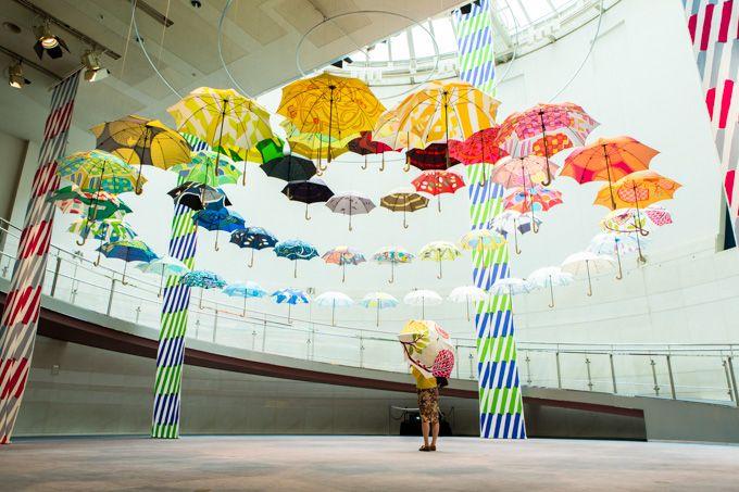 マリメッコやムーミンのテキスタイルを手がける「鈴木マサル」の傘展、表参道で開催の写真4