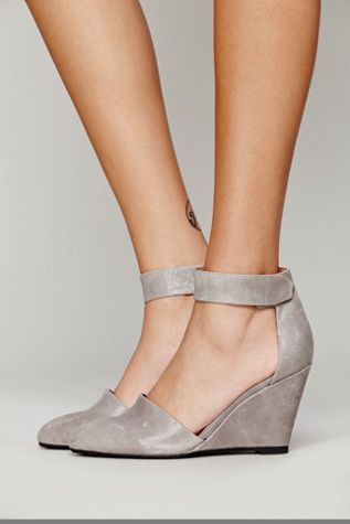 Leather nubuck pointy toe wedge with easy adjustable hook and loop fastener ankle straps. Handmade.
