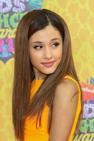 Ariana Grande Angry With Sam & Cat Costar Jennette McCurdy