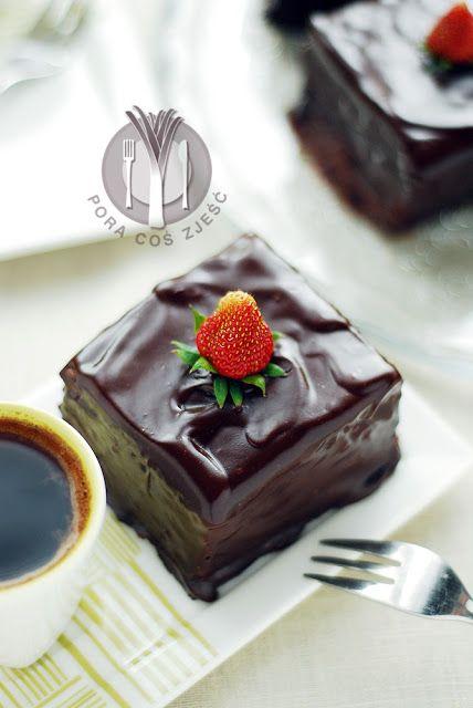 Chocolate cake with coconut semolina / Czekoladowe ciasto z kokosową kaszą manną