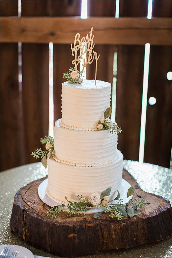 rustic barn wedding cakes 1000 ideas about rustic wedding cakes on barn 19485