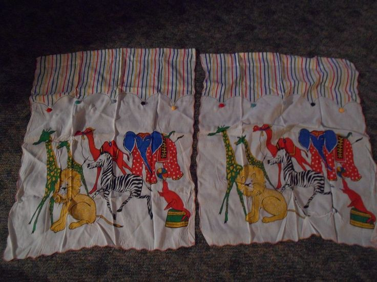 Vintage Childrens Bedroom Rod Curtain Circus Draperies Striped Pom Poms Cute
