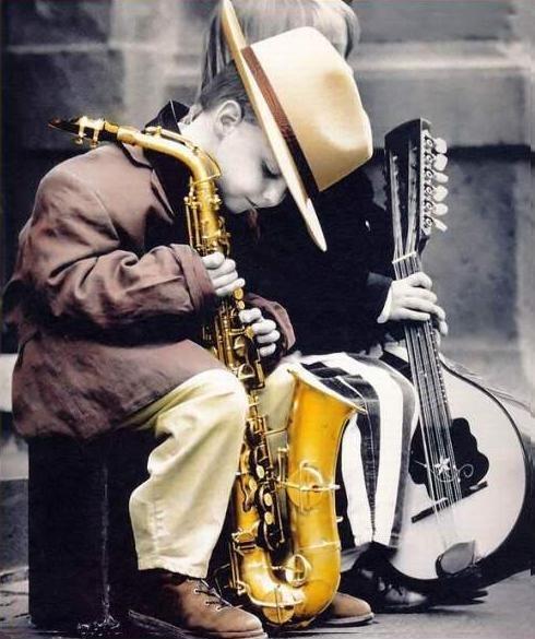 Saxophone! Cuteness!!