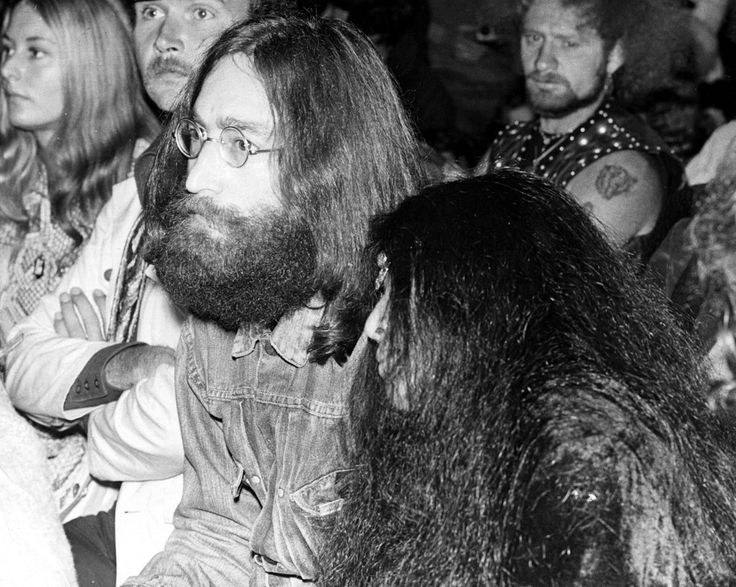 Full of legends. | 33 Glorious Photos Of The Isle Of Wight Festival In The '60s And '70s