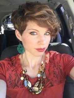 Curls Curls Curls… for the most funniest Girls! 11 super hippe korte kapsels met veel krullen. - Kapsels voor haar