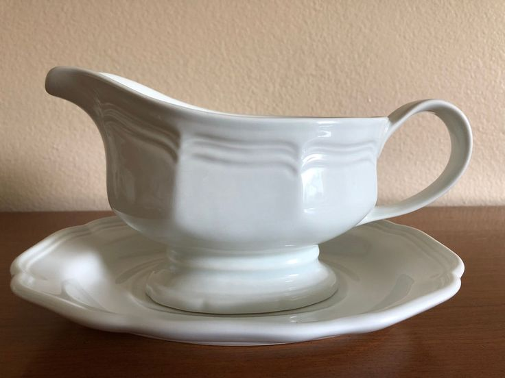 Mikasa French Countryside Gravy Boat with Under Plate F9000 & 13 best Mikasa French Countryside Dinnerware images on Pinterest