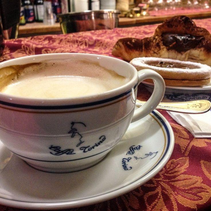 Os Cafés Históricos de Torino - A Path to Somewhere
