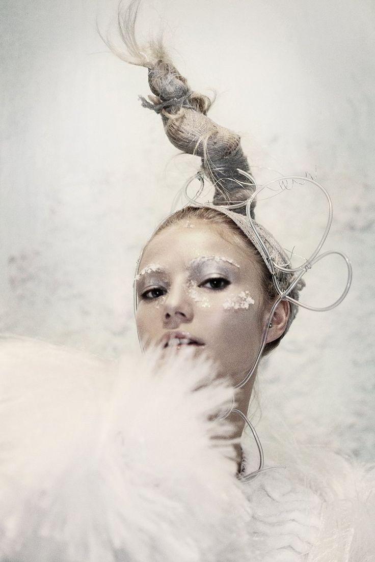 Clara Paget hair by Tomoyuki. Sheer Magazine