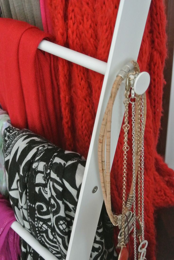 Best 25+ Organize scarves ideas on Pinterest